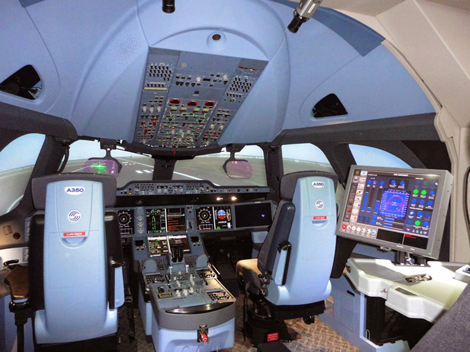 a350 xwb news a350 full flight simulator approval for summer. Black Bedroom Furniture Sets. Home Design Ideas