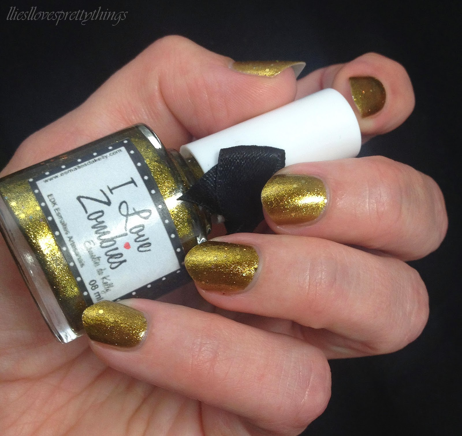 Esmaltes da Kelly I Love Zombies swatch