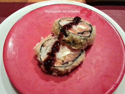 Soho Stera: Sushi servido na esteira
