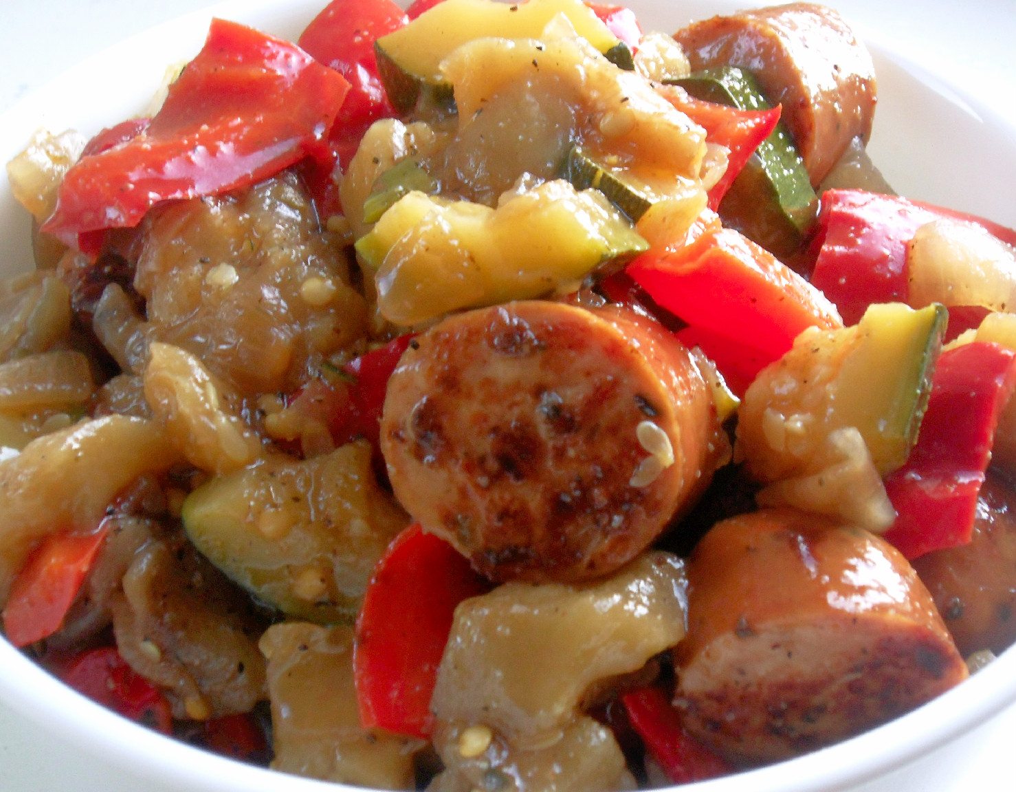 Cooking to Perfection: Summer Vegetables and Sausage