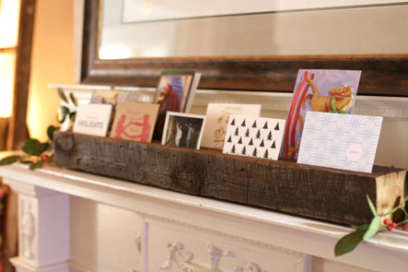 17 Apart Over On Ehow Diy Reclaimed Wood Holiday Card Display