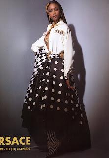 bbnaomicampbell199203veze5 Beauty Flashback | Naomi Campbell for Versace Atelier