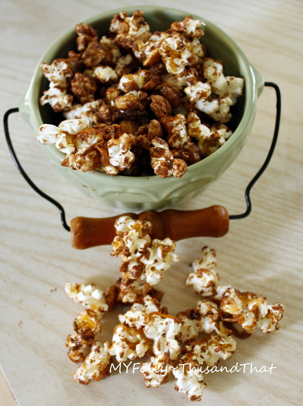 This and that: Peanut Butter Chocolate Caramel Corn