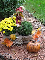 Autumn Yard Decorations1