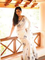 Srushti Dange latest glamorous photos-cover-photo