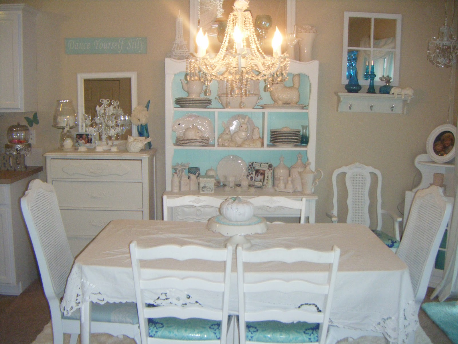 Not So Shabby - Shabby Chic: Dining Room