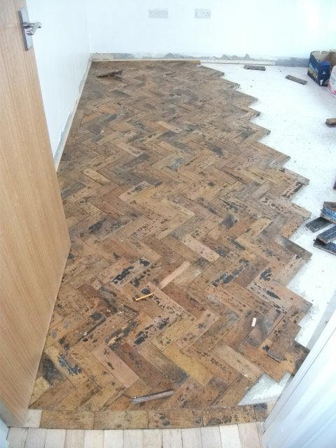 reclaimed parquet flooring adhesive carpet vidalondon. Black Bedroom Furniture Sets. Home Design Ideas