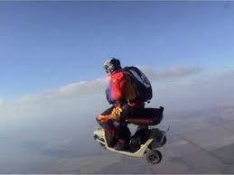 ขี่สกูตเตอร์กระโดดร่ม Electric Scooter Skydiving