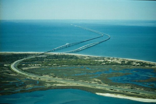 THE LONGEST BRIDGES IN THE WORLD
