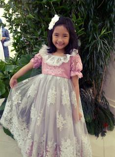 Gaun Kebaya Modern untuk Anak