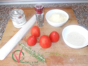 Ingredientes para el Tatín salado de tomate.