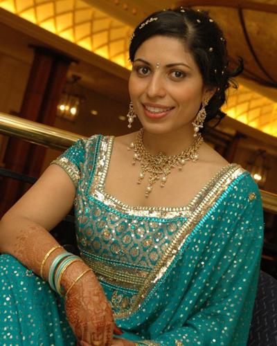 Aunties Removing Saree Pics Aunty Remove Indian Ajilbab Portal