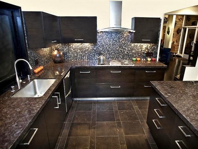 Decoracion y tendencias modernas cocinas con dise os oscuros for Cocinas con suelo gris oscuro