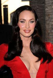 Какой макияж сделать под красное платье фото 718