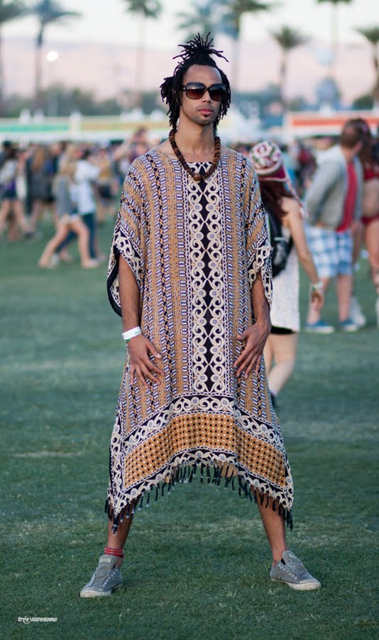 Tru00e8s Awesome Coachella Street Style - Letu0026#39;s Hear It For The Boys