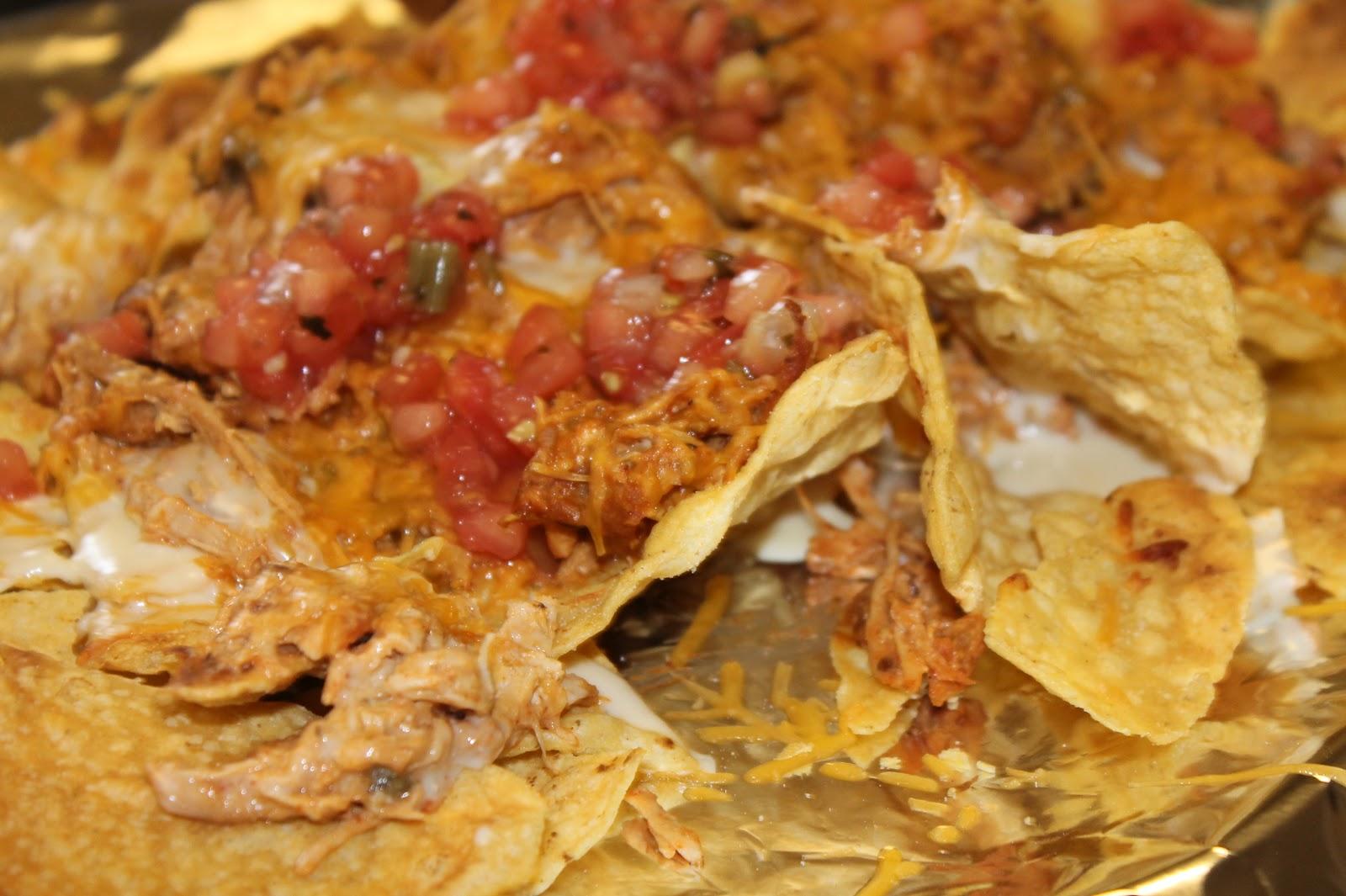 Chicken Nachos Recipe — Dishmaps