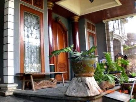gambar desain cantik teras rumah bagian depan desain