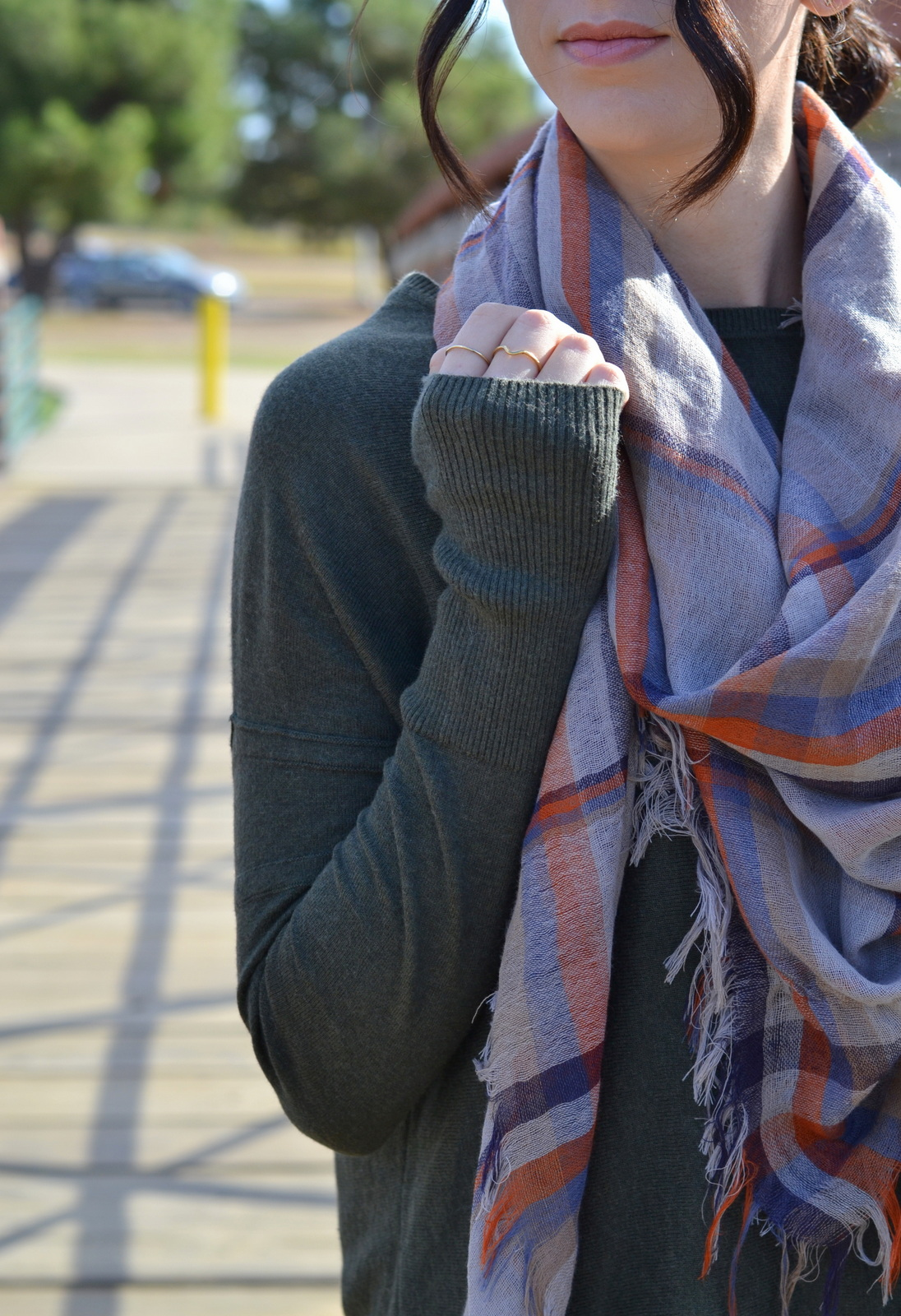 Blanket_Scarf_Gold_Rings_Comfy_Sweater