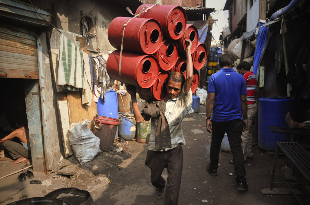 Photo of recycling in Dharavi.