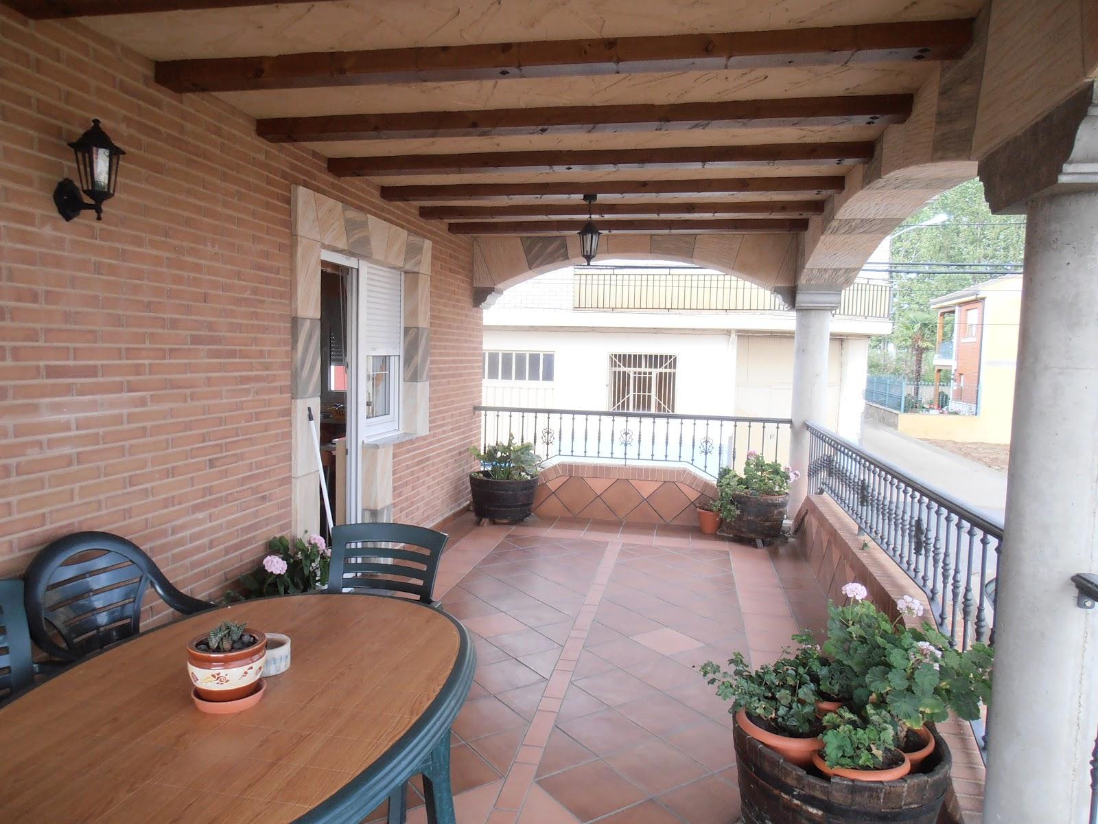 Construcciones felipe villarejo exteriores terrazas remates for Remate de terrazas