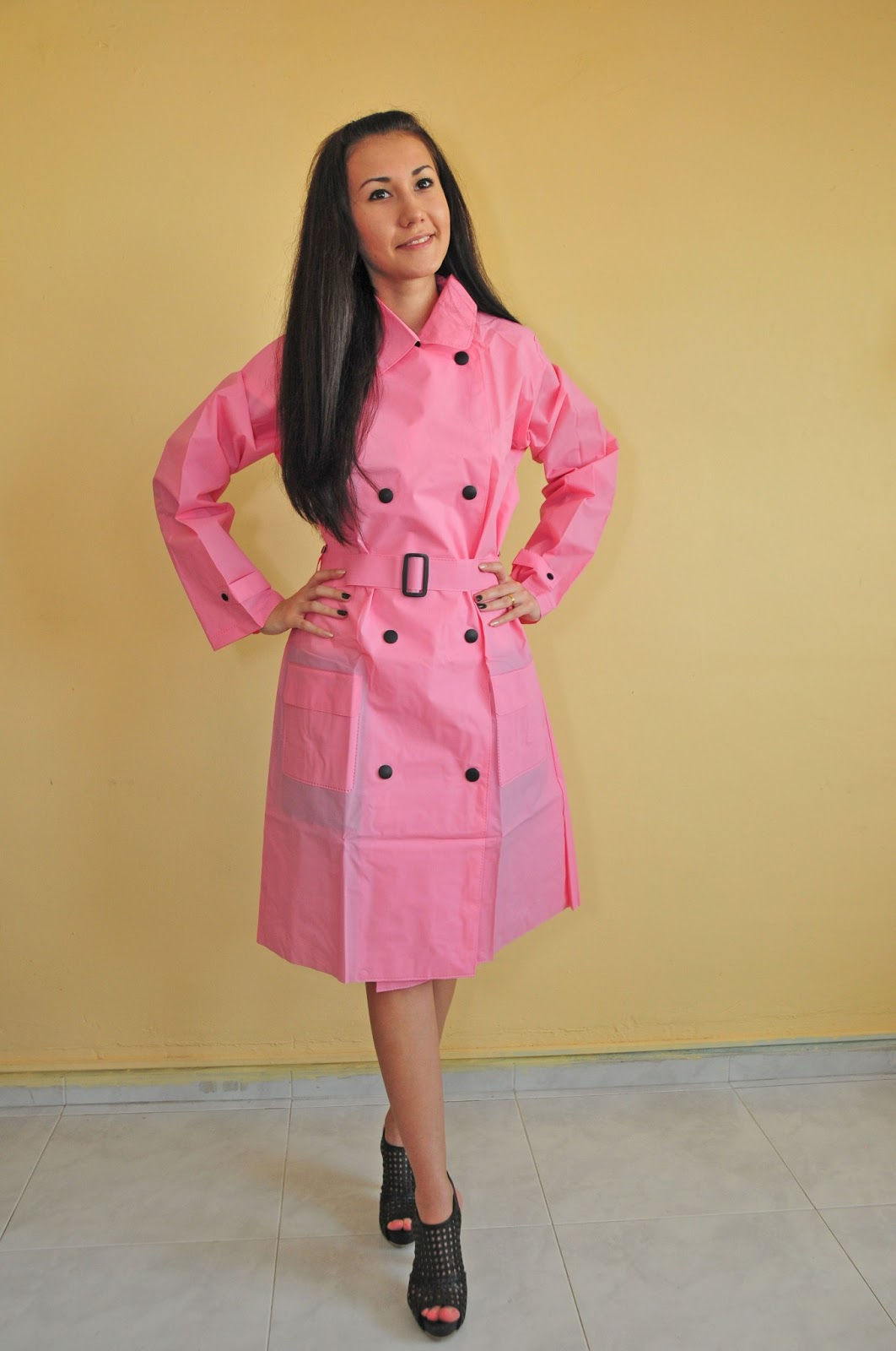 Fashionable Ladies Raincoats
