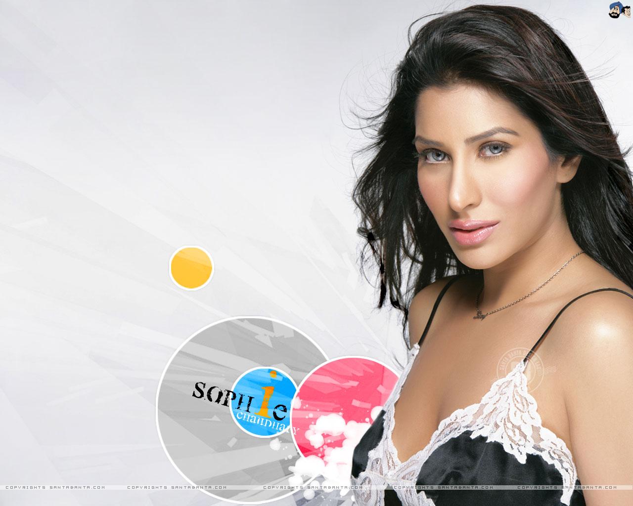 Sophie Choudhary Hot