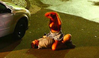 sokak ortasında sex seks riding kız