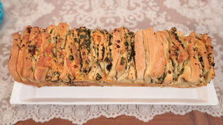 nurselin mutfagi çay saati otlu ekmek