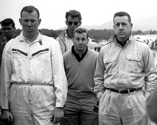 L-R Ripley, Ted Mayer, Tim Mayer e Bob Bucher