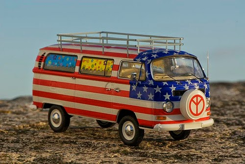 patriotic VW Bus Westfalia Camper