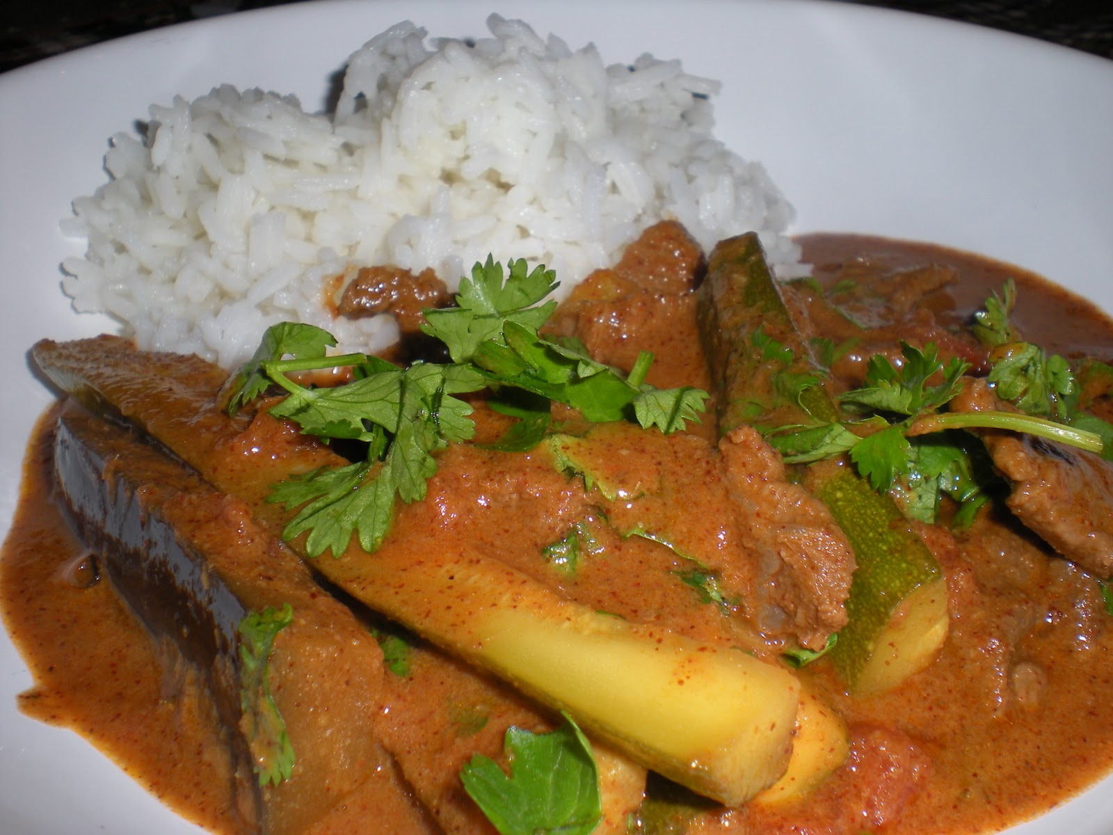 this is thai curry and the red curry sauce is homemade i found my ...