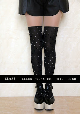 423+ +black+polka+dot+thigh+high Sunny Monday: Keep the blues away