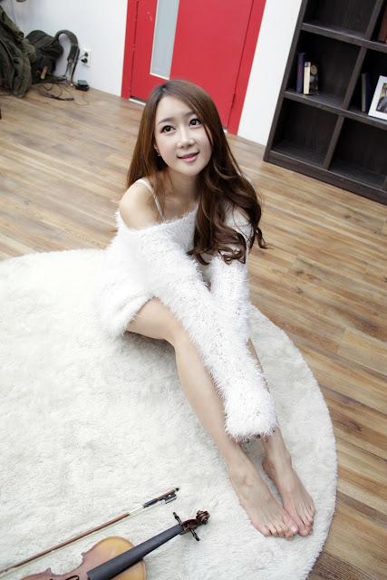 Han Chae Yee Images Gallery