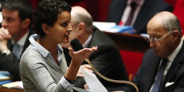 """Mise en cause pour une réaction supposée trop """"timide"""" en présence d'un humanitaire musulman, dimanche sur le plateau du Supplément, la ministre de l'Education s'est justifiée mardi à l'Assemblée nationale. La droite s'est engouffrée dans la brèche."""