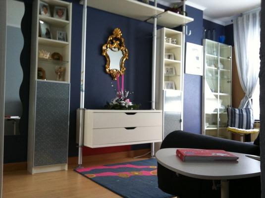 Decoracion actual de moda paredes azul marino - Decoracion actual de moda ...