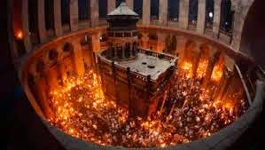 Istoria focului haric, care apare în fiecare an la Ierusalim