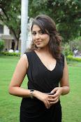 Madhu Shalini glam pics-thumbnail-6
