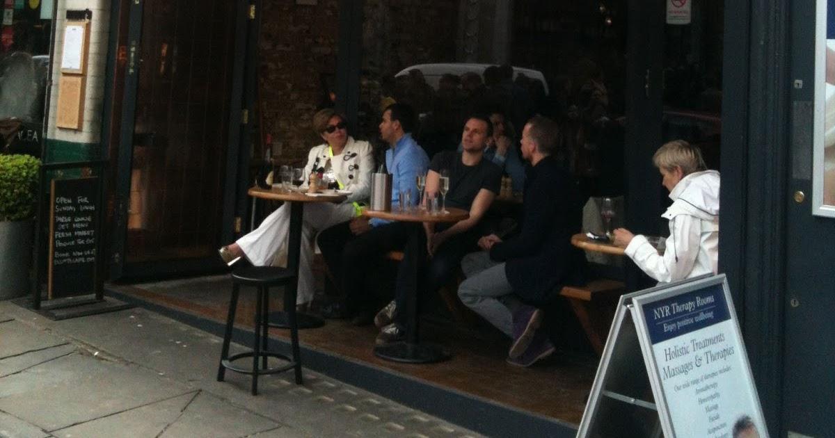 Elliot S Cafe London Going Downhill