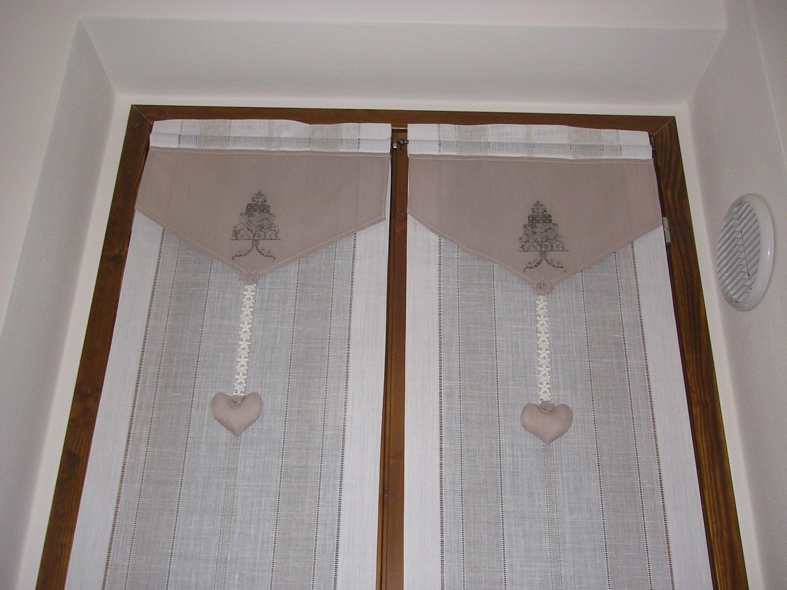 Colorida idee lavanderia for Tende a vetro salotto