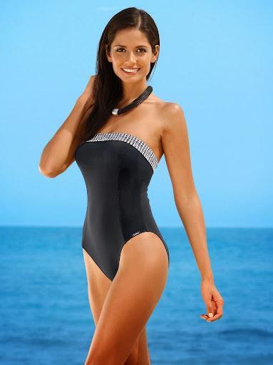 Colombian supermodel Carla Ossa looks her hot for Albamoda sexy bikini photo shoot