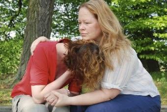 traumatiske kriser Del 5 menneske og helse kap 16 helse og livskvalitet kap 17 psykisk helse kap 18 kriser helse stress opplevelse av sammenheng (oas) akutte traumatiske kriser kroniske traumatiske kriser kollektive katastrofer tilpasningsforstyrrelser og reaksjoner på alvorlig belastning.