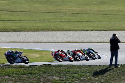 Ngaco! Ini Daftar Pembalap yang Akan Bantu Lorenzo Menjadi Juara Dunia