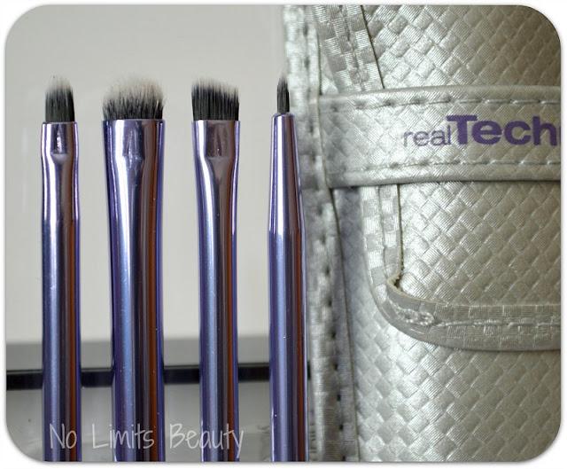 iHerb - Real Techniques Eyeliner Set