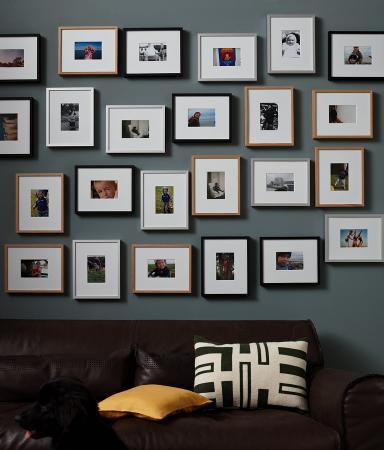 Картины в рамках на стене своими руками 163