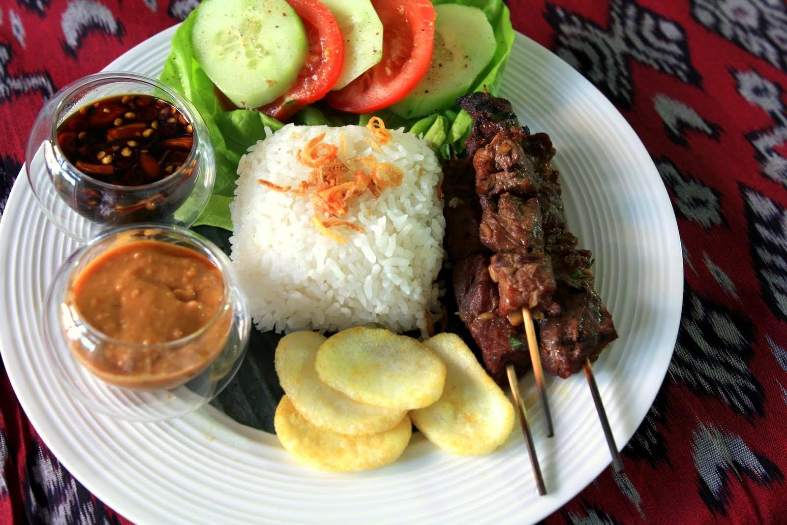 Sate Daging [Sweet Beef Satay]