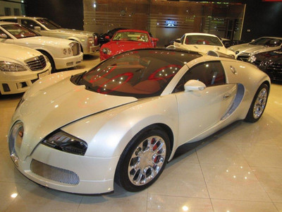 2011 bugatti veyronmasini de vanzare auto germania autoturisme second hand anunturi. Black Bedroom Furniture Sets. Home Design Ideas
