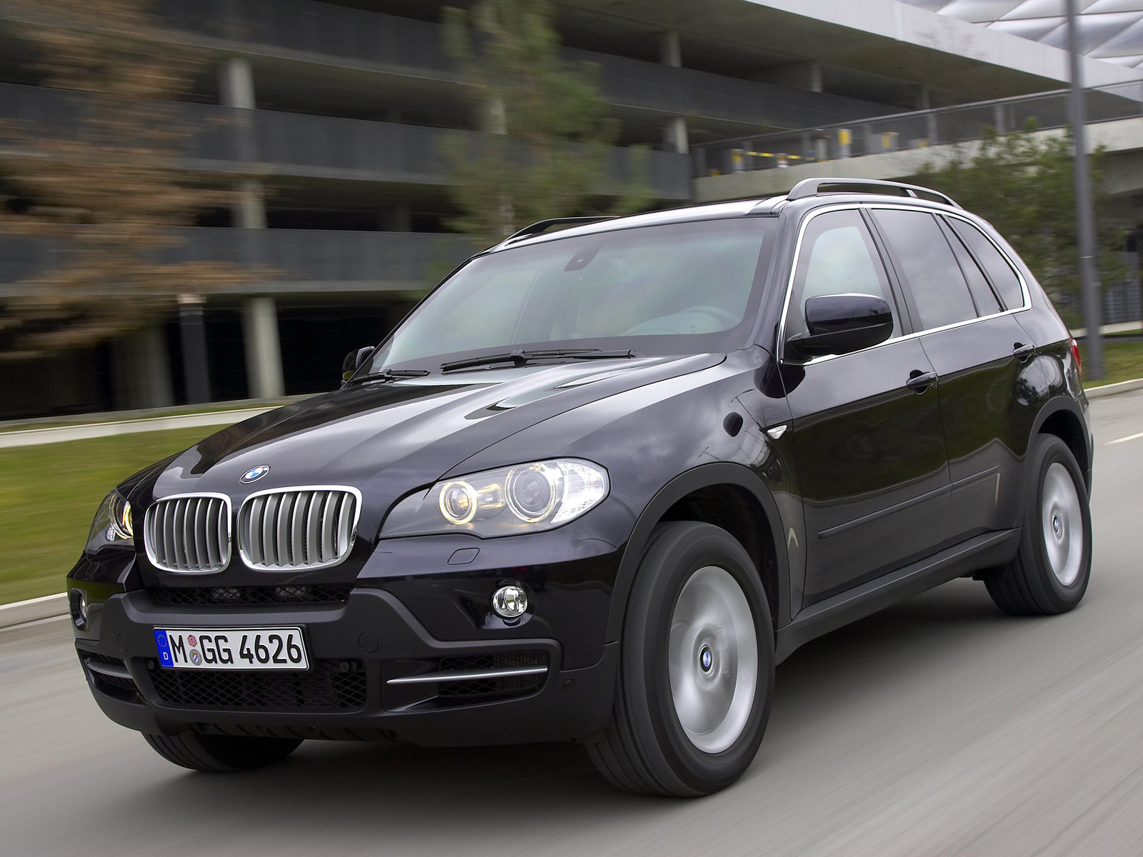 2009 BMW X5 Security Plus car accident lawyers info