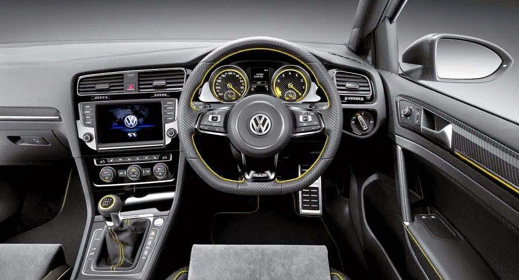 2014 Volkswagen Golf R 400 interior