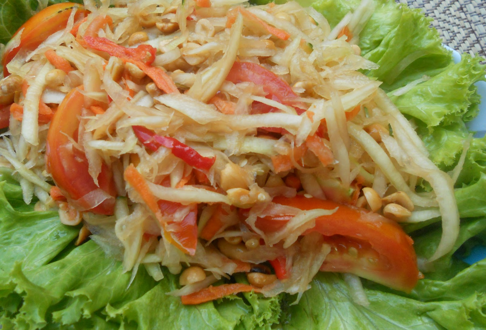 My cooking diary vegetarian som tam malakor thai papaya for About thai cuisine