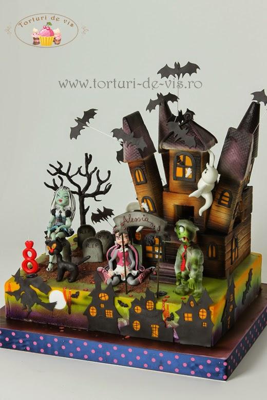Torturi de vis monster high si casa bantuita - Casa de monster high ...